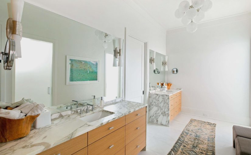 Quartz, granite and marble in your bathroom remodel